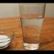 Непременно го направете! Как да уловите отрицателните енергии у дома чрез използване САМО на чаша вода?