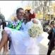 Спретнаха шоу за минувачите-Невиждана сватба в центъра на София