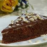 Богата шоколадова торта с фъстъчено масло - забравете за диетите!