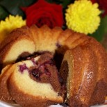 Нежен шоколадов кекс с горски плодове