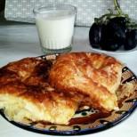 Вити банички със сирене - най-добрата рецепта с готови кори!