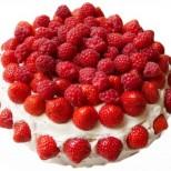 Най-бързата лятна бисквитена торта с малини и кисело мляко - трябват ви само 10 минути