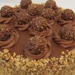 Торта Фереро за специални моменти