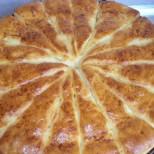 Питка със сирене и мая - чудесна и за закуска, и за вечеря