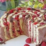 Бързо, лесно и оригинално - вита торта с малини и шоколад стъпка по стъпка