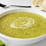 Лятна супа с тиквички и крема сирене