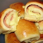 Лесни кифлички с лимонадено тесто и солена плънка