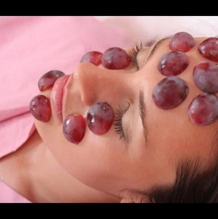 Домашни маски за лице с грозде