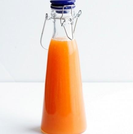 Да си направим сами био сок от праскови