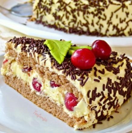 Лесна торта с череши и много крем