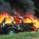Кола се запали в движение, а шофьорът се спаси по чудо