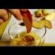 Ябълковият елексир на д-р Джарвис стана истински хит по света. Топи мазнините както гори лист хартия