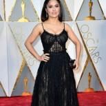 Ето и кои рокли обраха овациите на Оскарите (снимки)