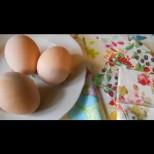 Гледах я в ръцете: взе широка четка, нишесте и започна. Пред очите ми яйцата се превърнаха в шедьовър! (Снимки)
