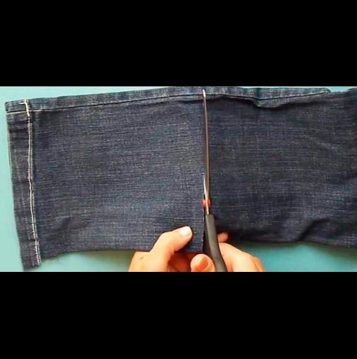 Златни ръце има тая моя етърва! Старите джинси ги давам на нея - да видите само в какво ги превръща! Майсторска работа: