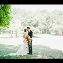 Сбъдната мечта за много бъдещи булки: Ето как изглежда най-скъпата сватбена рокля на света! (Снимки)