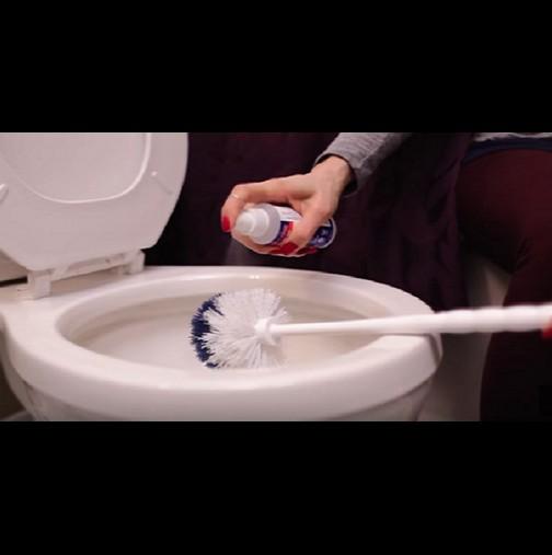 Кака работи в хотел, а там все пестят. От нея ги знам: гениални трикове за блясък в банята! Даже мръсната четка светва като нова!