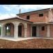 Видеото, което зарадва света-Ето как се строи масивна къща за два дни