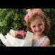Тя е само на 4 години, а печели хиляди долари за няколко минути - ето как!