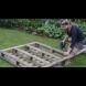 Взела дървена скара и я нарязала на 3 части - това, което направила ще искате и Вие в задния двор (Видео)
