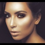 Как бързо да контурираме лицето си, за да изглежда по- слабо, мастър клас за красота (снимки)