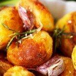 Перфектните хрупкави картофки - пухкави отвътре и с ароматна препечена коричка. Вижте това и повече няма да ги приготвите другояче