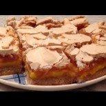 Шведски сладкиш Северно сияние - мек маслен блат, покрит с пухкав крем, нежен ябълков слой и хрупкава целувчена коричка
