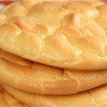 За всички, които обожават хляб, но искат да отслабнат: Хляб без брашно само от 3 продукта
