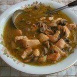 Ама че вкусотия: Пилешки пържолки в нежна гъбена крем супичка
