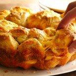 Маймунски хляб със сирене - нежно пухкав и чудно ароматен