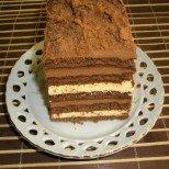 Подсладете сутрешното кафе с тази лесна и вкусна домашна бисквитена торта