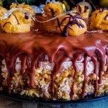 Домашна еклерова торта с шоколад и нежен крем - като от бутикова сладкарница