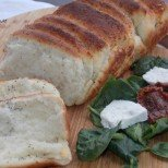 Ще събуди къщата с прекрасен аромат на препеченко - домашен пухкав хляб на филийки