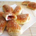 Вкусните мамини пирожки с богата плънка