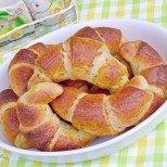 Топли кифлички с тиквени семки - ще угодят и на най-капризния вкус!