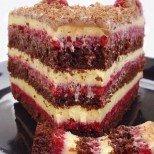 Торта Убивай ме нежно - убийствено вкусна, направо ще ви остави без думи!