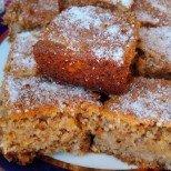 Сочен сладкиш с ябълки без брашно - съвършен на вкус и много икономичен (ВИДЕО)