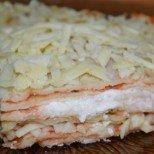 Палачинкова торта на фурна - пухкави палачинки и нежни пластове топящ се кашкавал в неземно вкусно съчетание
