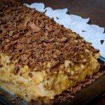 Бисквитена фантазия от далечна Австралия - лека бисквитена торта с банани и кисело мляко