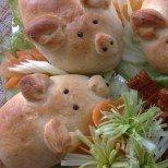Хлебчета-прасенца с пълнени коремчета