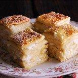 Божествен тутманик със сирене - ухае и изглежда прекрасно, а вкусът му е просто ммм...