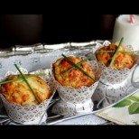 Солени кексчета с кашкавал и пресен лук