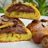 Лешникови бисквитки пълни с течен шоколад