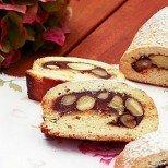 Козуначен сладкиш с мед, шоколад и бадеми