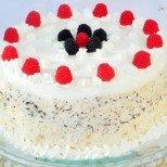 Снежна торта без печене - царицата на женския празник