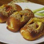 Вулканчета от тесто с много шунка и кашкавал - рецепта с видео