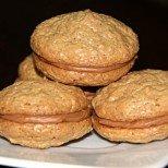 Рецепта в снимки: перфектните домашни ореховки (като от сладкарницата)