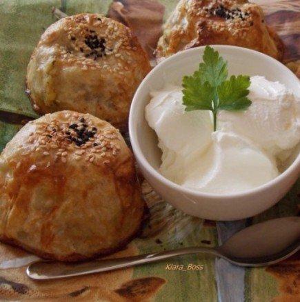 Филджан бюрек: лесно и интересно от турската кухня - обърнати бюречета в чаша (ВИДЕО)