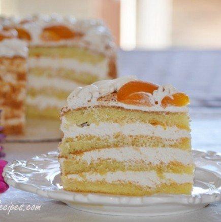Лека торта със сметана и пандишпанов блат