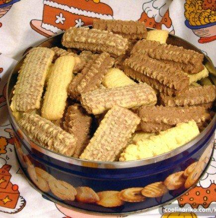 Носталгични домашни бисквити - за всички онези, които с въздишка си спомнят вкуса на бабините курабии